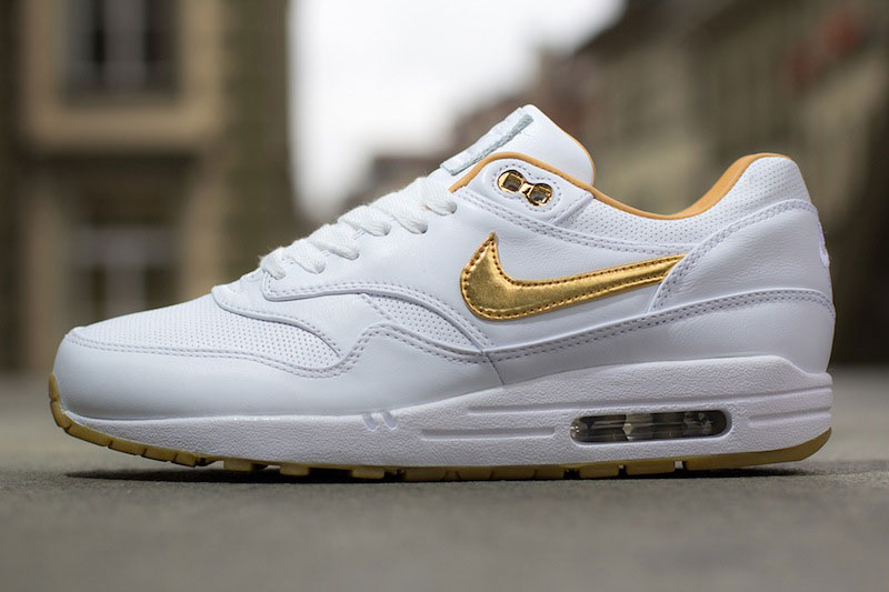 Nike Air Max 1 Gold