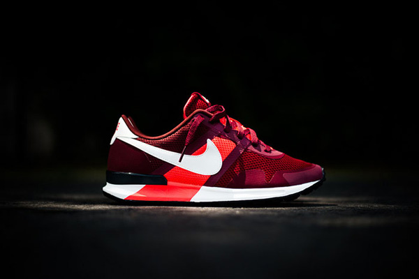 Nike_Air_Pegasus_83-30_30th_Year_Annniversary_01