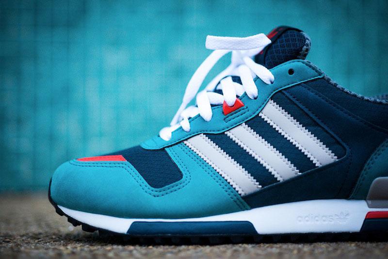 03_Adidas_ZX_700_Sea_Water