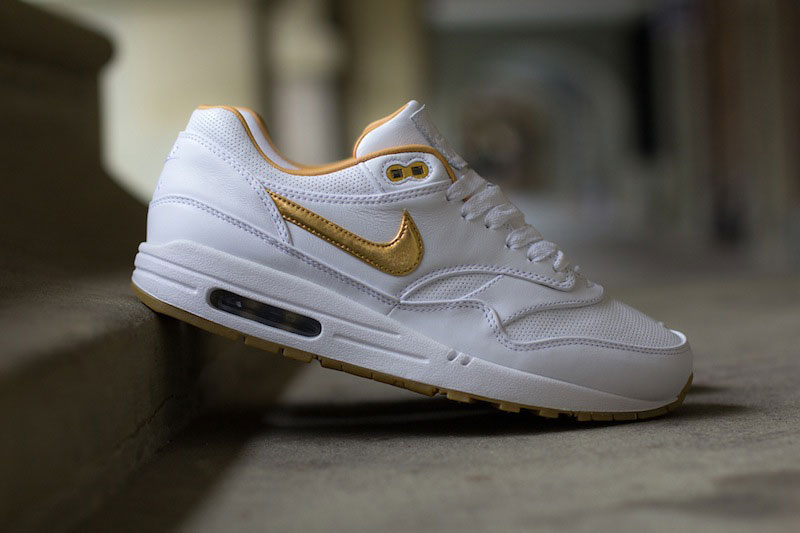 02_NIKE_Air_Max_1_FB_Woven_Metallic_Gold