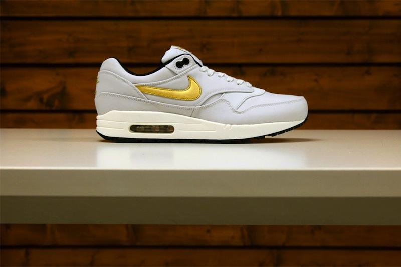 Nike_sportswear_gold_trophy_pack_05