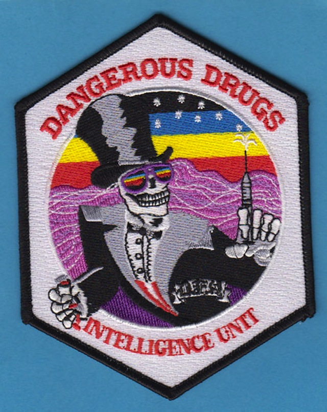 DEA-patches-breaking-bad-06