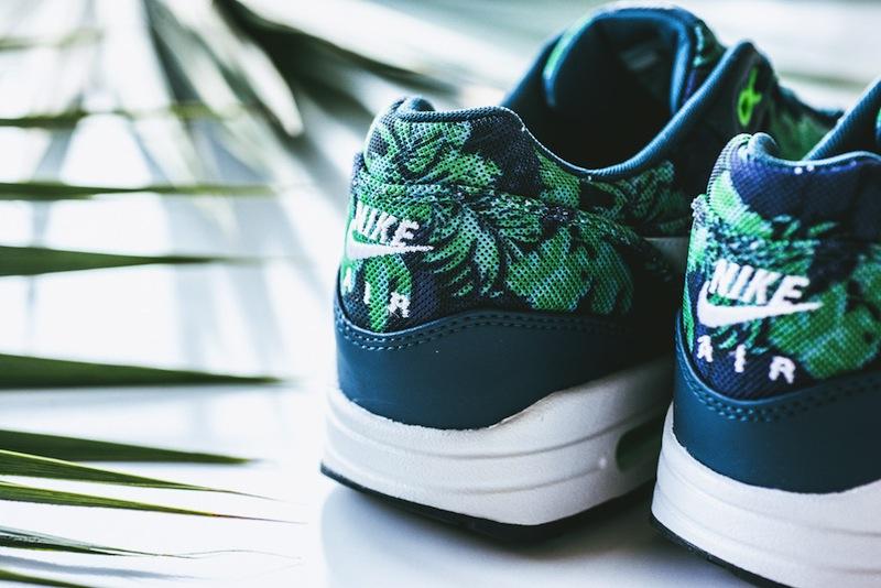 Nike-Air-Max-1-GPX-Space-Blue-Black-Jade-07