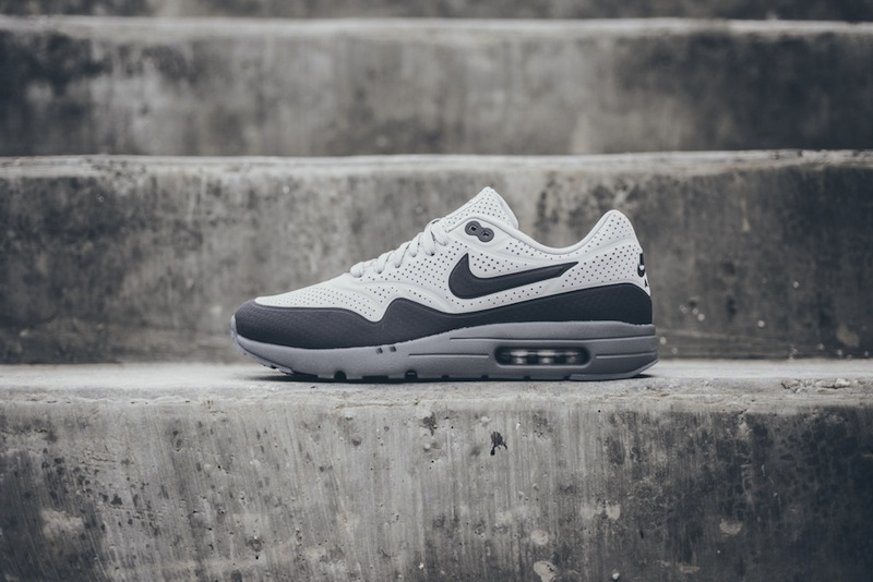 Nike-Air-Max-1-Ultra-Moire-Neutral-Gray-Dark Grey-01