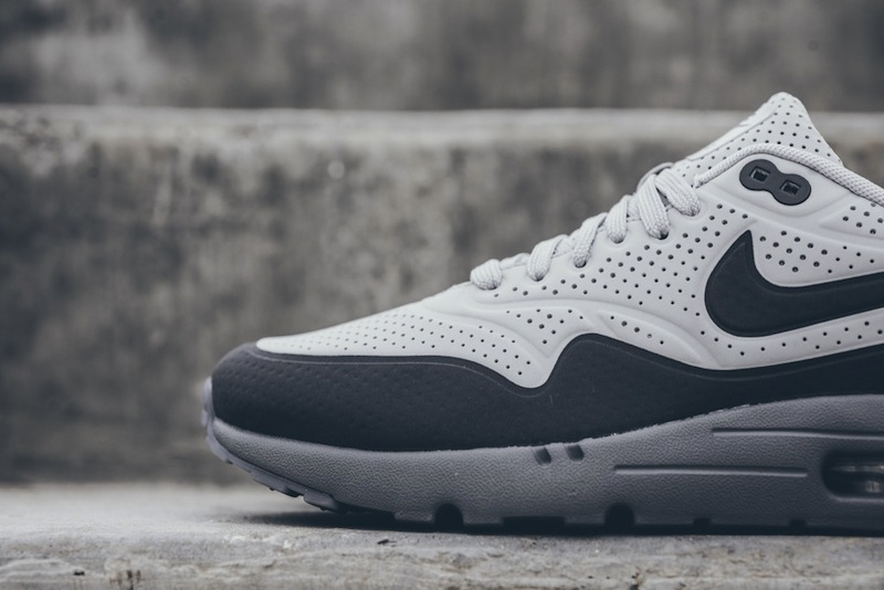 Nike-Air-Max-1-Ultra-Moire-Neutral-Gray-Dark Grey-05