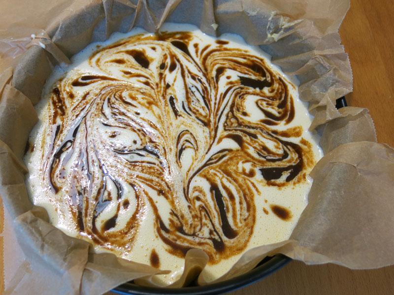 Cinamon-roll-cheesecake-5