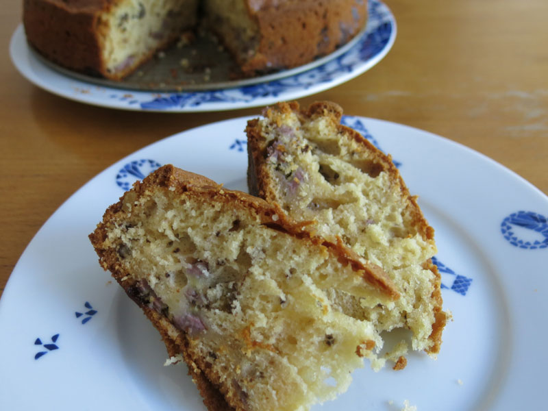Schneller Joghurt Kuchen Mit Bananen Und Walnussen Wtf Ivi
