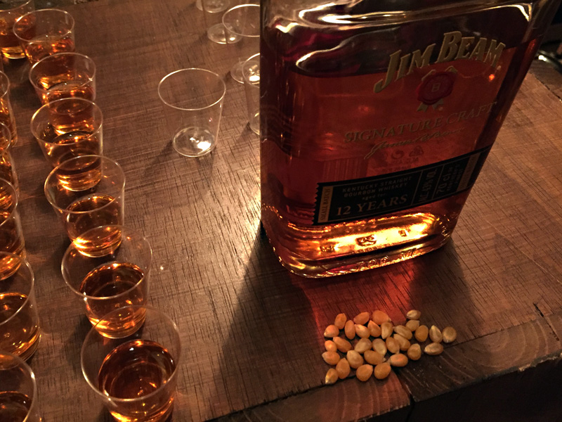 Jim-Beam-Bourbon-Legends-Bar-7