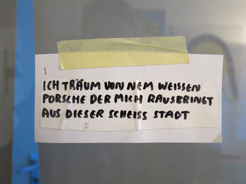 Peng-Ausstellung-Frankfurt-Beschriftung-03