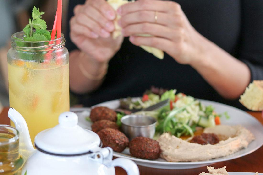 Picknick-cafe-bar-bornheim-11 - WTF Ivi - Frankfurt und
