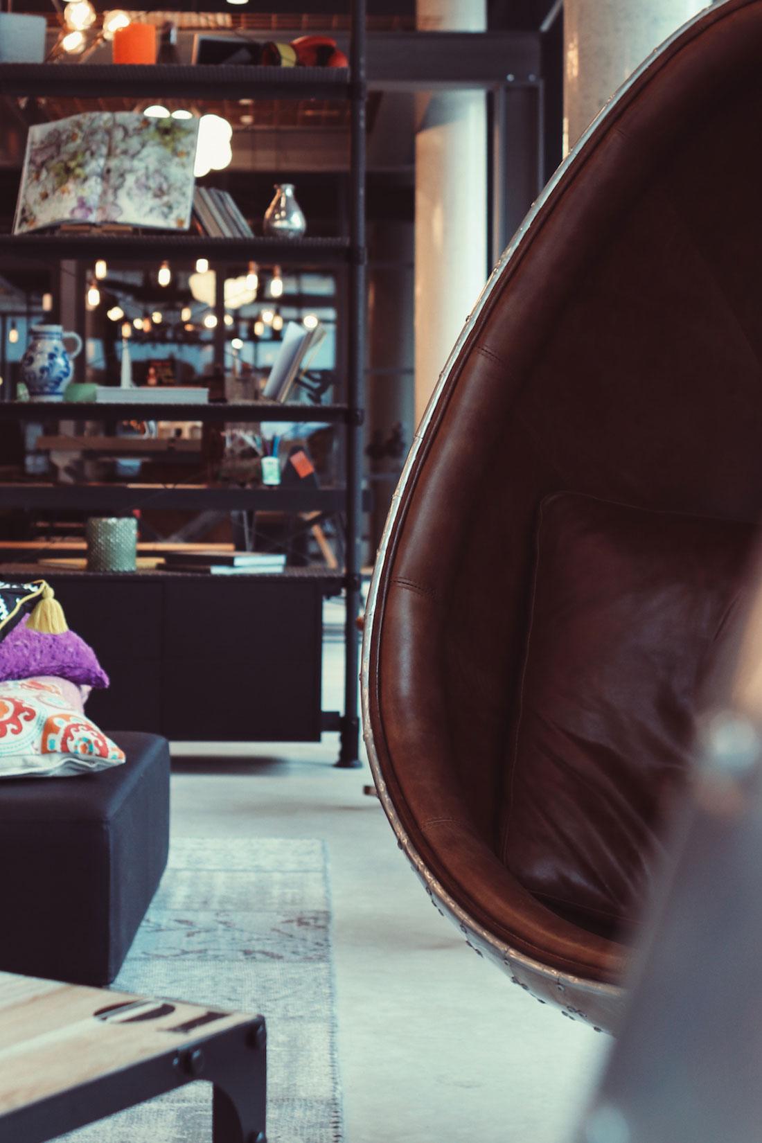 sneak peak das neue moxy frankfurt east im ostend. Black Bedroom Furniture Sets. Home Design Ideas