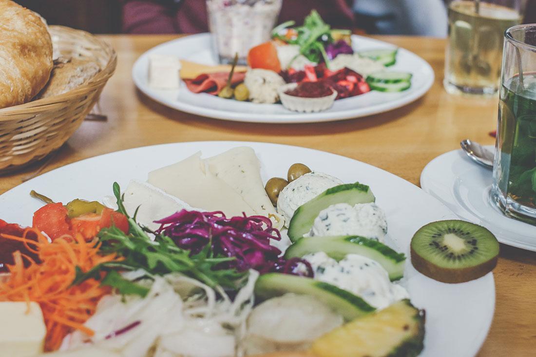 Frühstück in Frankfurt: das Metropol Café am Dom