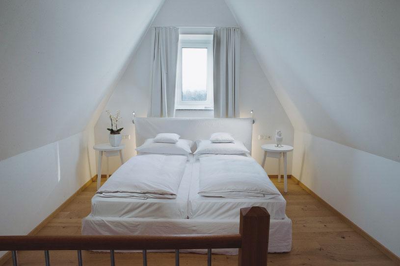 Schlafzimmer in der Turm Suite